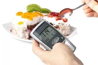 Сладкая выпечка с натуральным заменителем сахара не повышает уровень сахара в крови, и полезна диабетикам
